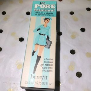 Benefit 'The Pore Professional.'